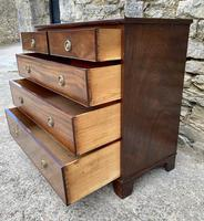 Small Antique Georgian Mahogany Chest of Drawers (14 of 16)