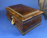 William IV Flame Mahogany Jewellery Box (20 of 20)
