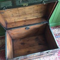 Antique Victorian Dome Top Steamer Trunk Old Gothic Travel Chest Metal Storage Box Steampunk Style (9 of 10)