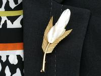 Mississippi River Pearl & 18ct Yellow Gold Feather Brooch - Vintage French c.1950 (9 of 9)