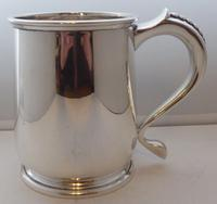 1939 1 Pint Tankard Hallmarked Solid Silver Christening Mug William Neale (2 of 8)