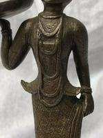 Victorian Antique 19th Century Small Bronze Burmese Lady Holding Pan Sculpture (3 of 12)