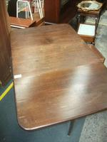 Large Queen Anne Legged Dining Table with 2 Drawers (2 of 3)