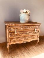 French Antique Drawers / Rustic Chest of Drawers / Provincial Chest of Drawers / Sideboard (8 of 8)