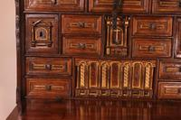 Spanish Renaissance Cabinet Bargueno in Walnut - Early 17th Century (8 of 18)