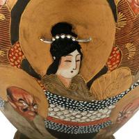Pair of Japanese Satsuma Vases (5 of 8)