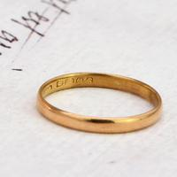 The Vintage 1927 22ct Gold Wedding Band (2 of 2)
