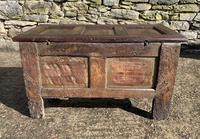 Small 17th Century Devon Oak Coffer (18 of 21)
