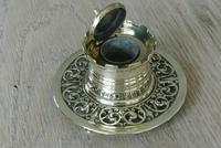 Fine William Tonks & Sons Aesthetic Movement Castle Top Brass Inkwell c.1895 (3 of 6)