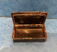 Victorian Horn & Tortoiseshell Snuff Box with Silver Inlay (14 of 16)