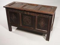 Early 18th Century Oak Panelled Coffer (4 of 7)