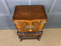 Burr Walnut Carolean Style Cocktail Cabinet (15 of 18)