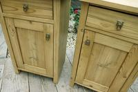 Fabulous! 'Chunky' Pair of Old Pine Bedside Cabinets - We Deliver! (3 of 8)