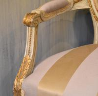 Fine Small Painted & Gilded Sofa (4 of 11)