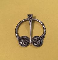 Vintage Scottish  Silver Celtic Design Penannular Brooch (2 of 4)