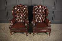 Pair of Queen Anne Style Buttoned Leather Wing Chairs (4 of 11)