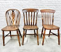 6 Assorted Windsor Kitchen Chairs (4 of 6)