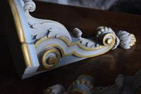 Late 19th Century Gilt and White Painted Corner Wall Brackets (7 of 10)