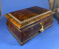 William IV Flame Mahogany Jewellery Box (15 of 20)