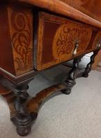 William & Mary Period Oyster Kingwood, Rosewood Marquetry Chest (6 of 8)