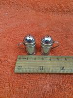 Antique Sterling Silver Hallmarked Miniature Pepper Shakers, 1905 Chester Cornelius Desormeaux Saunders & James Francis Hollings (frank) Shepherd (5 of 12)