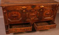Early 18th Century Dower Chest in Oak (9 of 9)