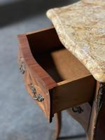 Quality Pair of French Marquetry Bedside Drawers (13 of 22)