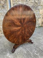 Exceptional Quality Regency Flame Mahogany Centre Table (4 of 10)
