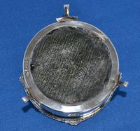 Circular Trinket Box (3 of 6)