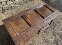 Small 17th Century Devon Oak Coffer (3 of 21)