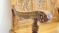 Good Quality  Reproduction  Carved Oak Settle or Hall Seat (10 of 17)