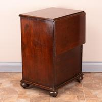 19th Century Small Mahogany Chest of Drawers with Extending Top (15 of 24)