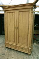Fabulous & Exceptional Quality! Big Old Pine Double 'Knock Down' Wardrobe (2 of 17)