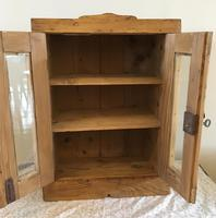 Small Wall Hanging Cupboard (3 of 7)