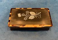 Victorian Horn & Tortoiseshell Snuff Box with Silver Inlay