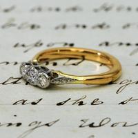 The Vintage Illusion Set Three Diamond Ring (4 of 4)