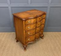 Waring & Gillow Burr Walnut Serpentine Chest of Drawers (8 of 15)