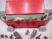 Vintage Wooden Noah's Ark Toy (8 of 8)