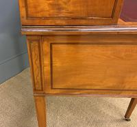 Inlaid Satinwood Carlton House Desk by Jas Shoolbred (8 of 25)