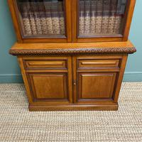 Quality Victorian Walnut Antique Glazed Bookcase on Cupboard (6 of 6)