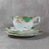 Crown Staffordshire, Fine Bone China Trio, Pattern No F15971 (7 of 9)