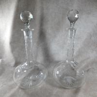 Pair of Mid Victorian Shaft & Globe Cut Glass Decanters (6 of 6)