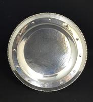 Arts & Crafts Silver Plated Tazza With Planished Bowl Base (3 of 6)