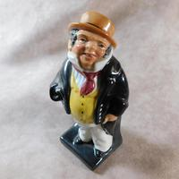 "Royal Doulton "" Captain Cuttle"" Figurine (6 of 6)"