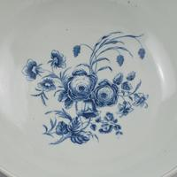 """First Period Worcester Large 11"""" Porcelain Punch Bowl Three Flowers Pattern c.1770 (7 of 15)"""