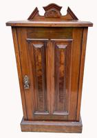 Good Quality Victorian Walnut Bedside Cabinet (2 of 5)