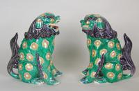 Superb Pair of 19th Century Chinese Porcelain Dogs of Fo Temple Guardians (2 of 12)