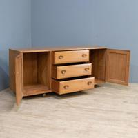 Ercol Sideboard (2 of 11)