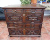 Country oak 4 drawer chest of drawers splits into 2