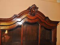 18th. Century Dutch Oak Hanging Cabinet (2 of 7)
